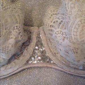 Victoria's Secret 36D DA Unlined Bra w/Sequins